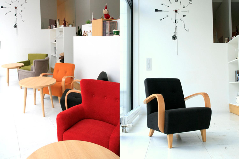 カラフルな椅子がおしゃれなカフェ:澪工房