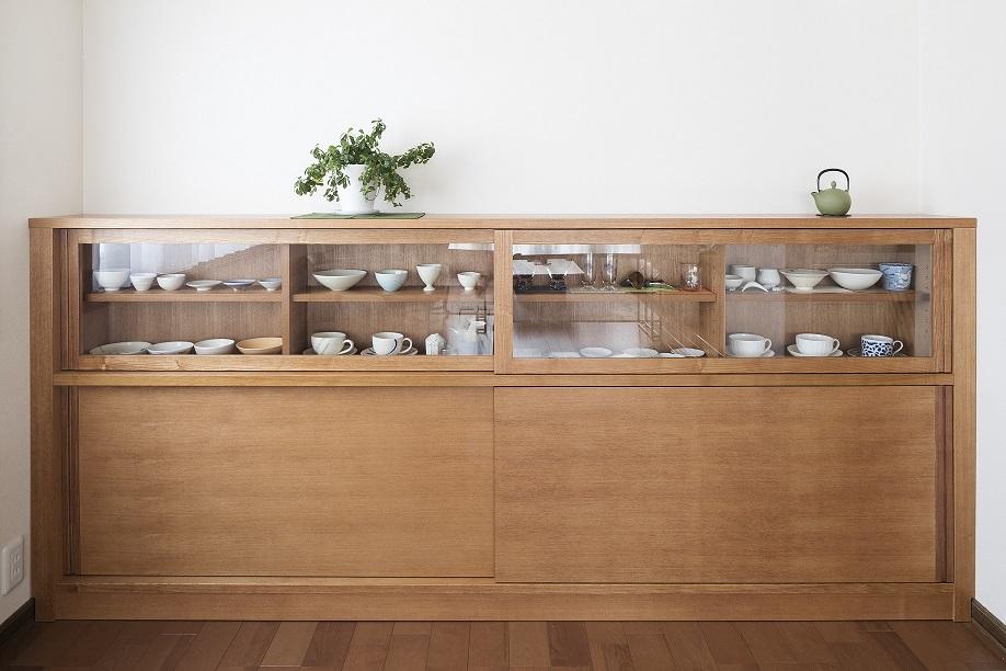 お気に入れの器を飾れるコレクションボード:澪工房