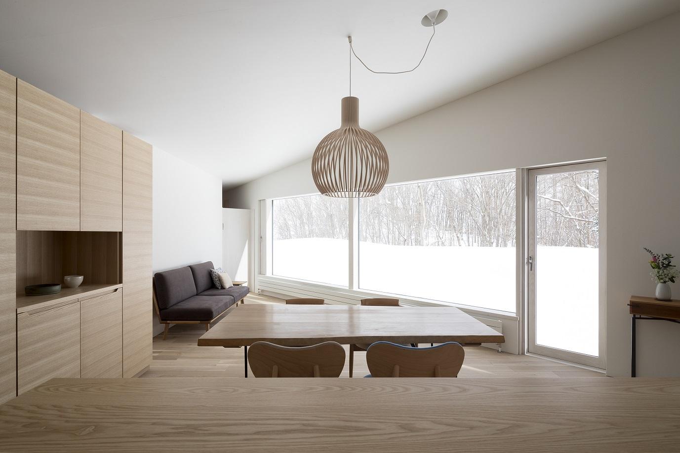 セクトデザインの照明がおしゃれな新築物件