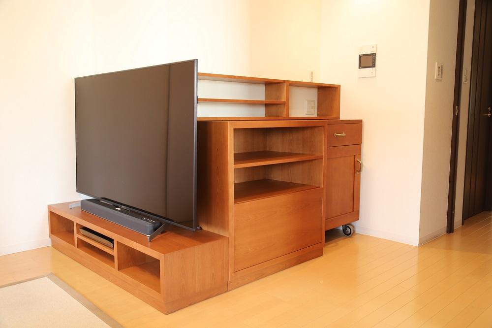 特注の色合わせしたテレビボード