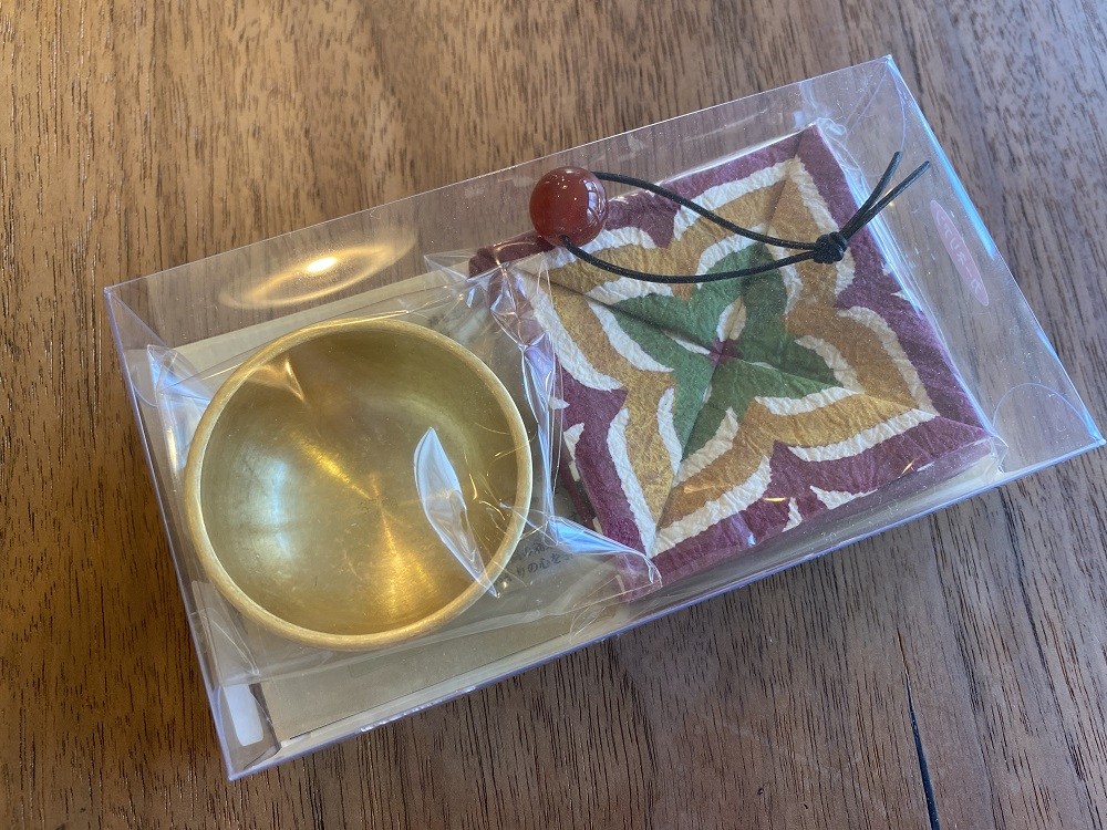 おともりん光彩 石:ローズクウォーツ(ヴィーナス 愛と美の力を宿す石)¥4,800(税抜)