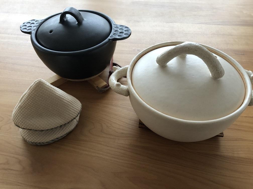 山家まりあさんのコンパクトな土鍋