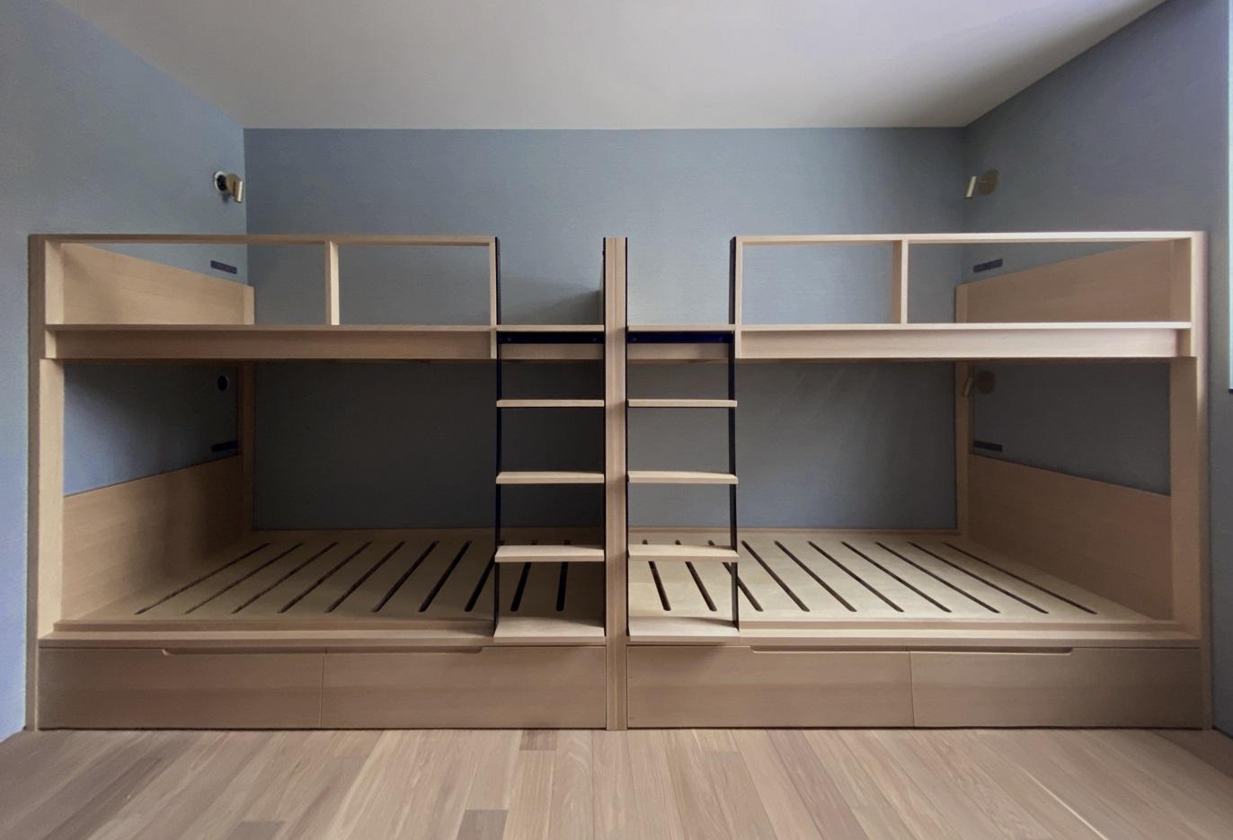 モダンな二段ベッド